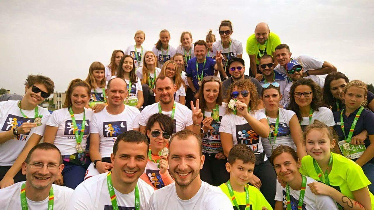 Wolontariuszki na Kids Run w Tarnowie Podgórnym