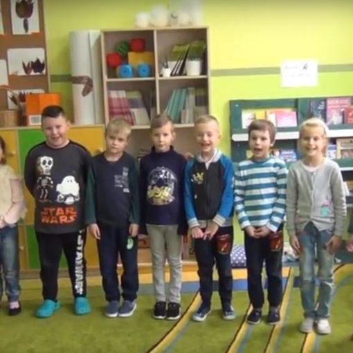 Enea Akademia Talentów - dzieci w sali
